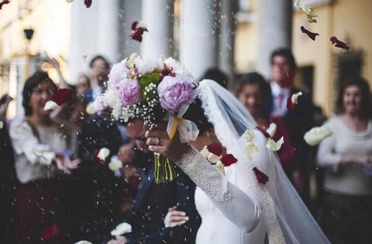 相手がいるから「愛する」ことができる。「愛」は相手から始まる。結婚して生涯深めていける。