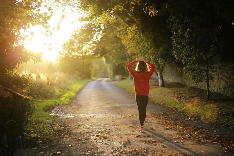 運動でストレスをなくせる【一番良い自然なストレス解消法】